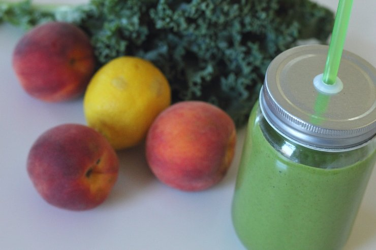 Power-Peach-And-Kale-Smoothie