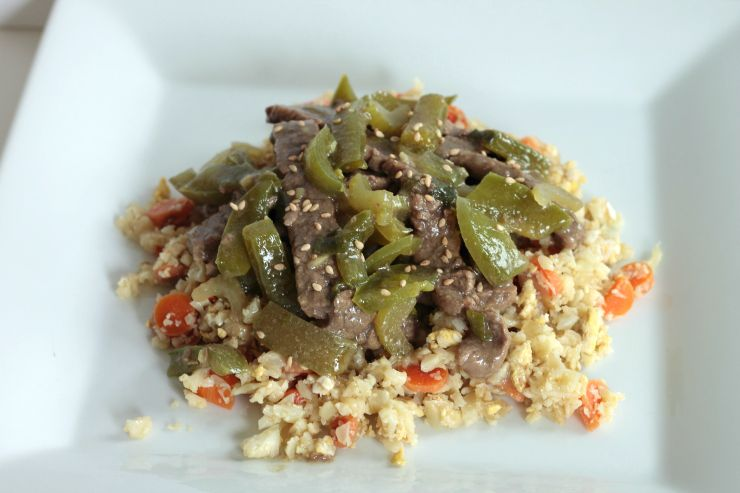 This green pepper steak is made with squeaky clean ingredients and is Whole30 compliant