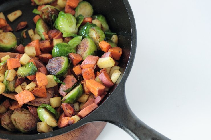 Vegan breakfast skillet made with apples, sweet potatoes and brussels sprouts