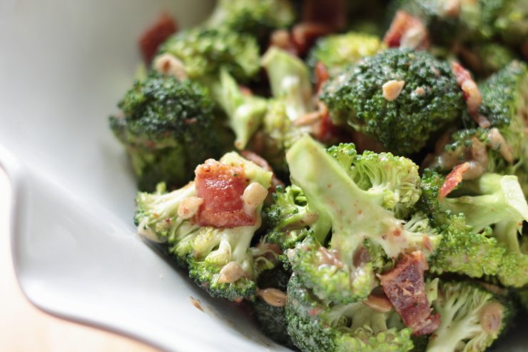 Crunchy broccoli, savory bacon and sweet dressing make an amazing, healthy broccoli salad