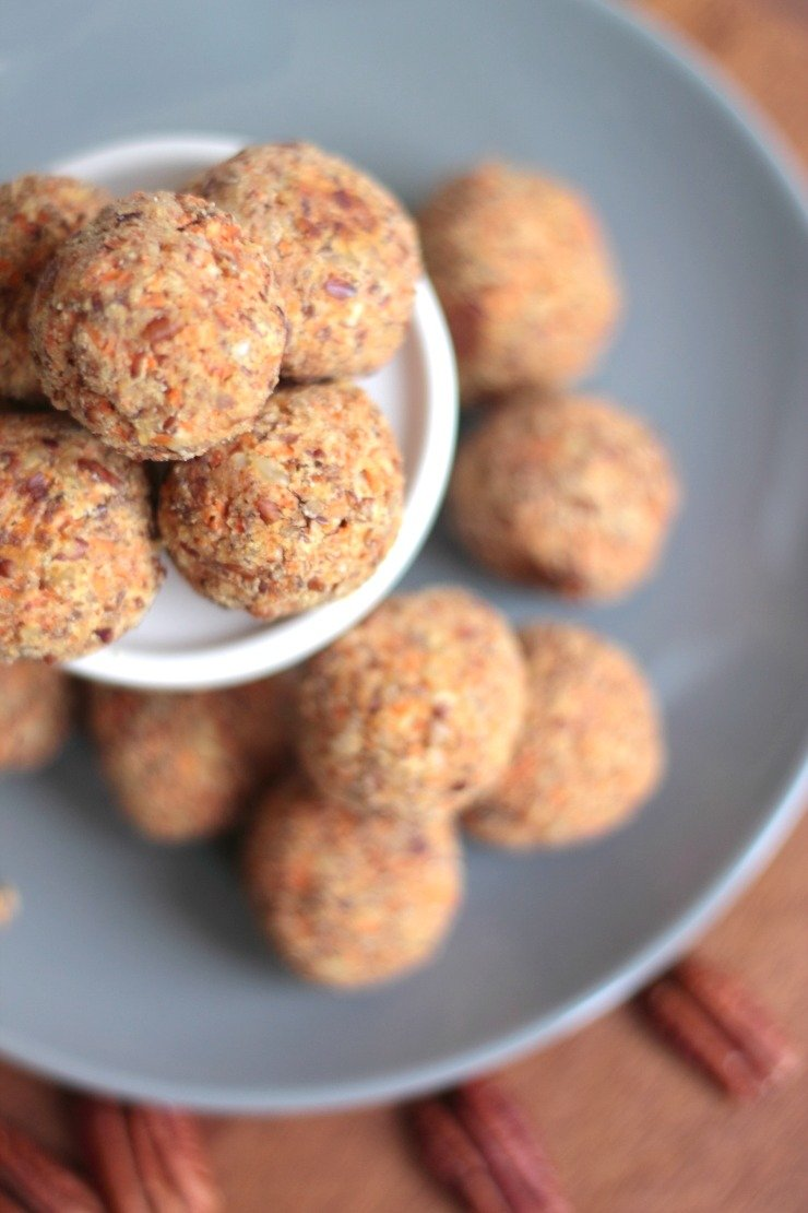 The best paleo snack ever! Try these carrot cake energy balls next time you're in a snack rut! Great for kids too.