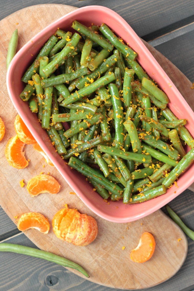 Whole30, paleo, vegan citrus green beans are the perfect side dish for summer. Easy and healthy, you can't go wrong here!
