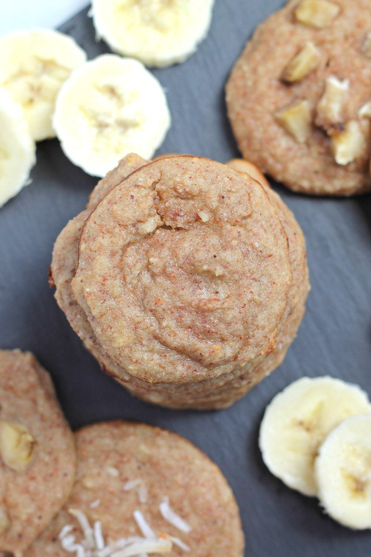 A great healthy cookie for kids and toddlers. Great for baby led weaning! Paleo banana cream pie cookies - made with ripened bananas, pureed almonds, coconut, and egg white.