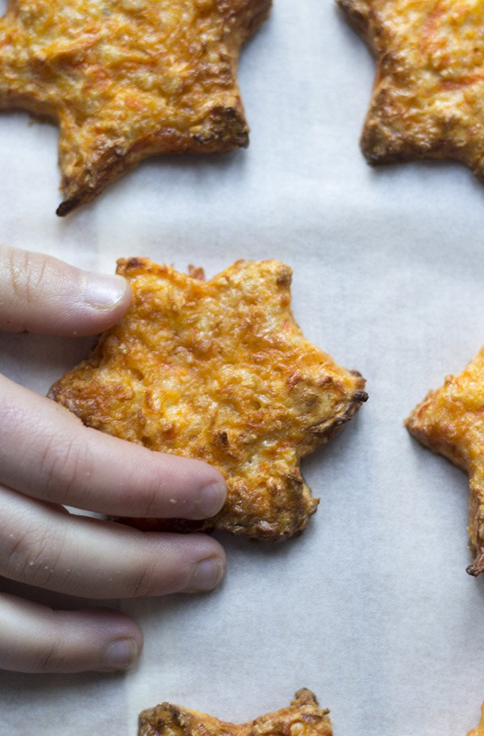 4-ingredient carrot stars from Feeding Fin