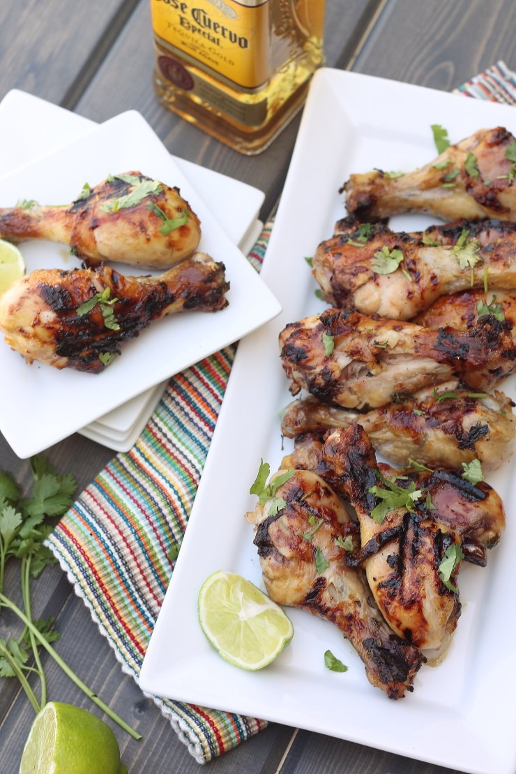 A healthier version of football grub - these honey tequila lime chicken drummies are SO easy to make and packed with flavor!