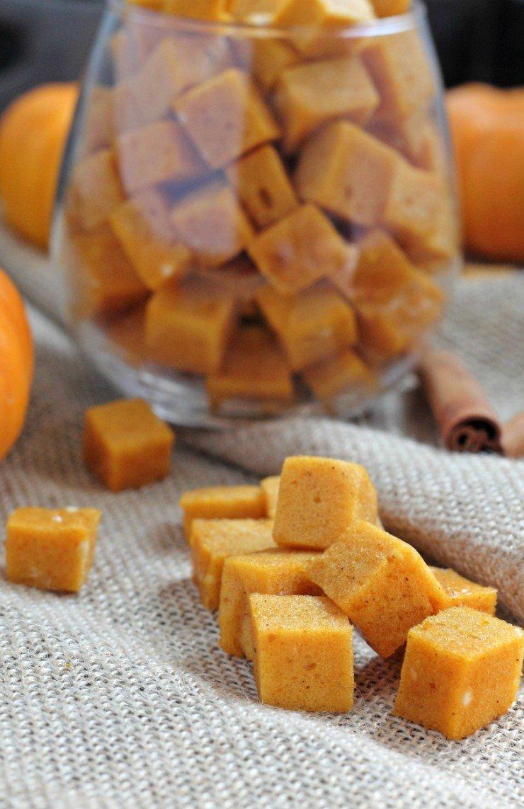 Dairy free, gluten free, refined sugar free pumpkin marshmallows? Yep! The healthiest fall dessert or treat!