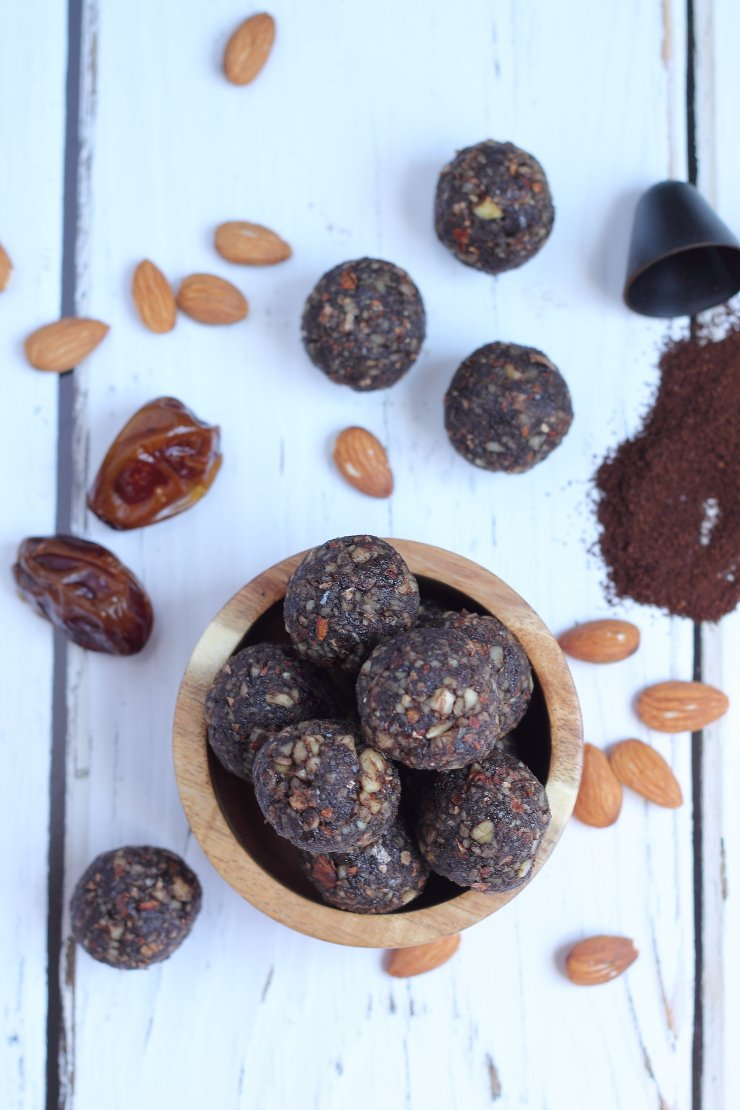 These paleo balls are made with almonds, dates, cocoa powder, and instant coffee. The perfect treat for any coffee lover!