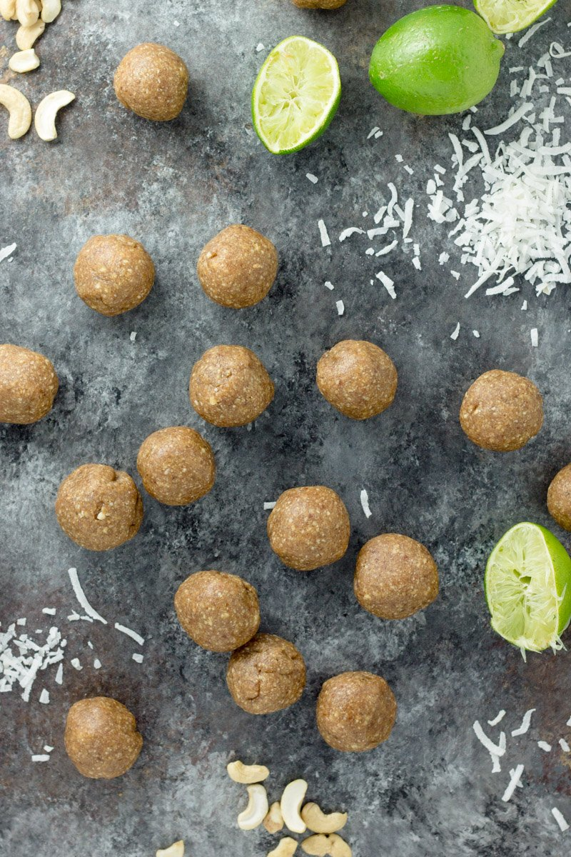 Paleo key lime pie balls - gluten free, dairy free, sweetened with dates and ripe banana!