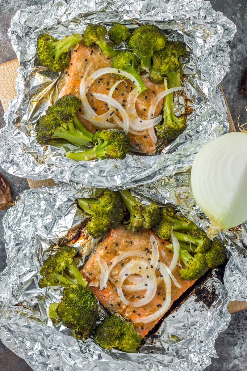 Foil packet dinner - sweet onion teriyaki salmon with roasted broccoli. Whole30 compliant, paleo, sugar-free!