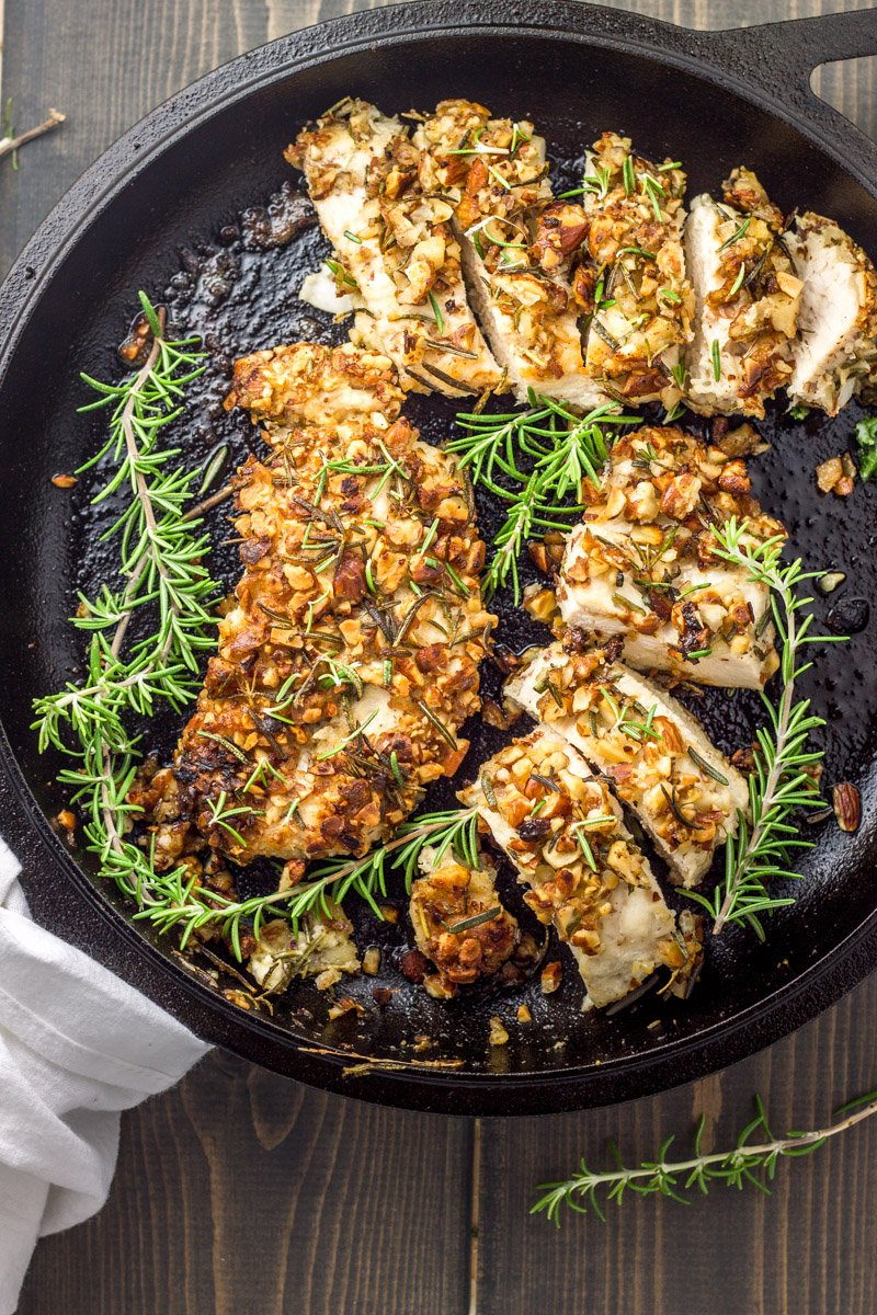 One-pot pale and Whole30 rosemary almond crusted chicken