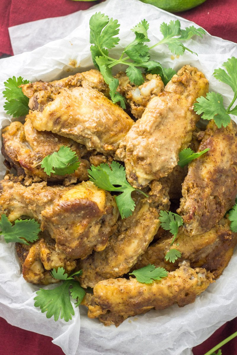 Whole30 football appetizers! These slow cooker Thai chicken wings are the bomb!
