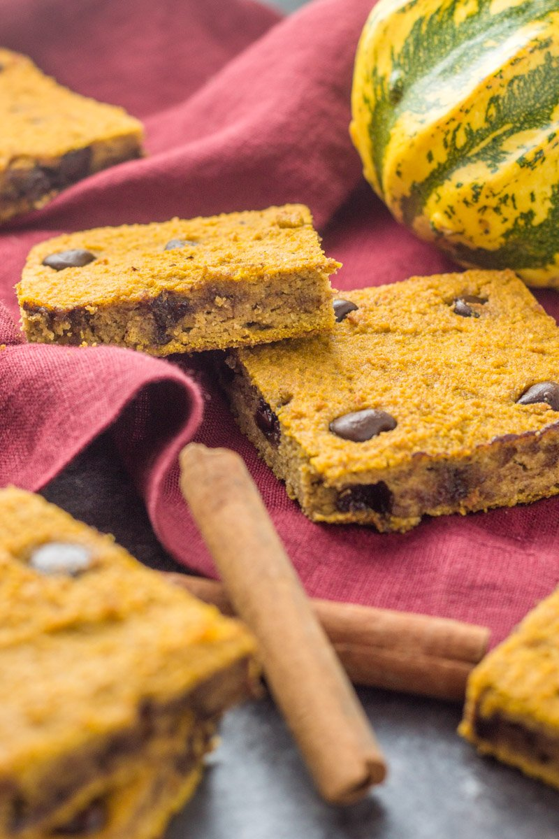 These pumpkin blondies are a perfect paleo way to get your sweet fix this season! Naturally sweetened, gluten free, dairy free