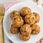 These Whole30 compliant bacon mushroom turkey meatballs are so easy to make and pack MAJOR flavor with a kick!