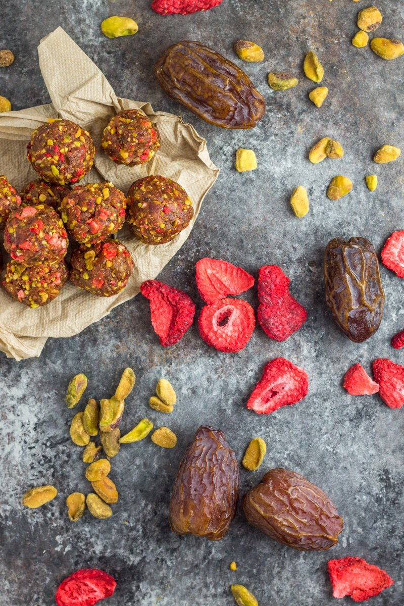 Just three ingredients pack major flavor in these paleo, vegan, and Whole30 compliant energy balls. Strawberries and pistachios are amazing together!