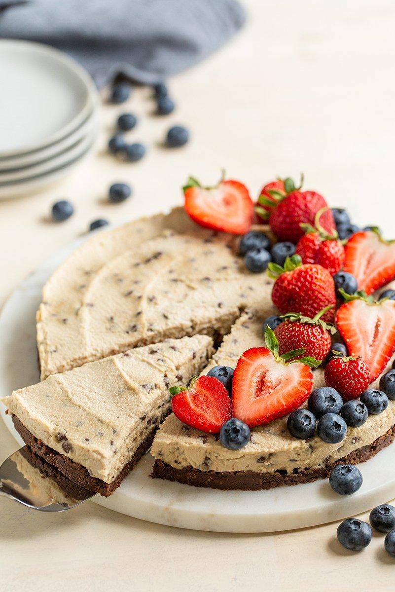 raw chocolate chip berry cheesecake