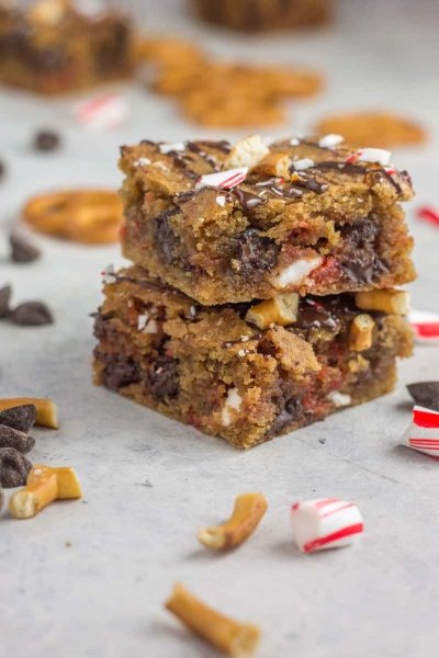 Peppermint Chocolate Chip Blondies